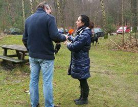 Nicole Kinsbergen wordt geinterviewd over de DoggyDating app voor Radio Een Vandaag